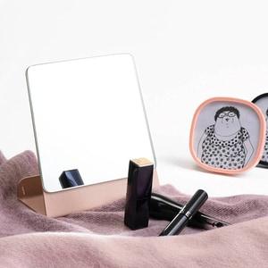 Oglinda cosmetica SPIN Halo, 15.24 x 15.24 cm, roz