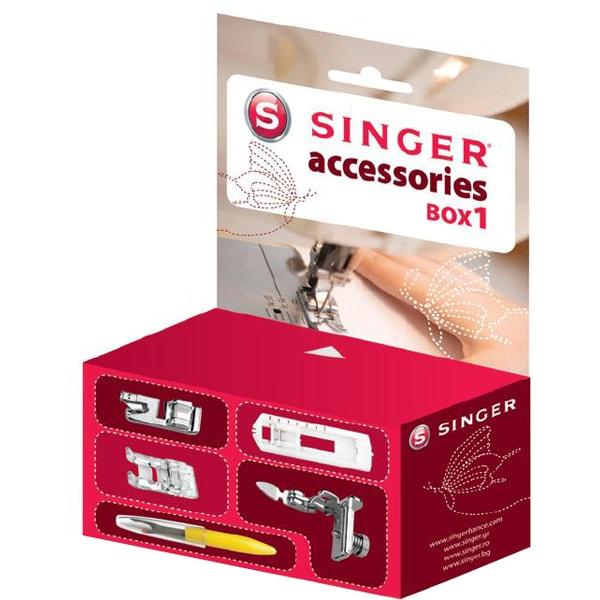 Set accesorii SINGER BOX1: piciorus butoniera in 4 pasi + piciorus intoarcere tiv + piciorus cusatura satinata + piciorus coasere fermoar + taietor butoniere
